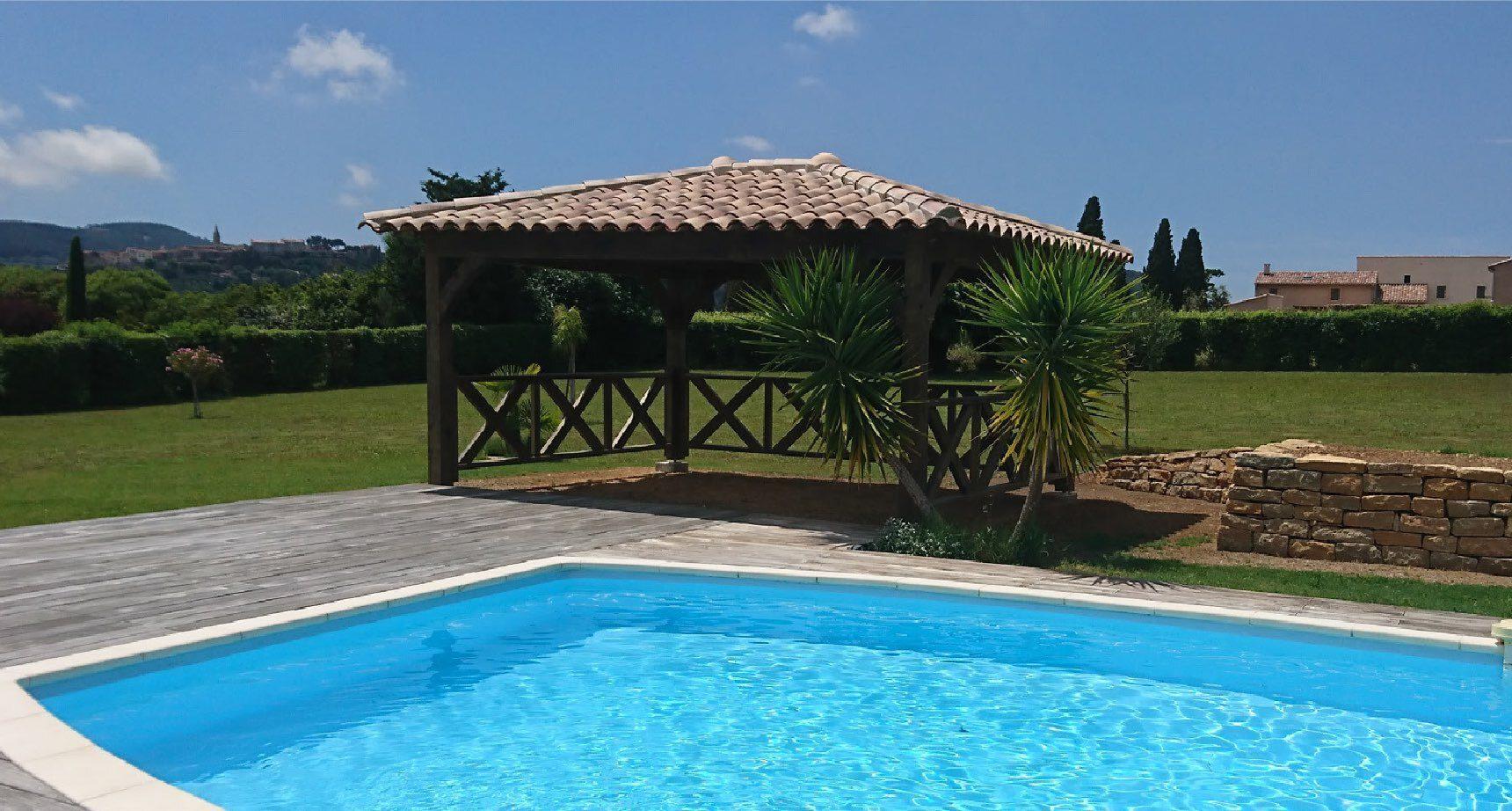 Pool house